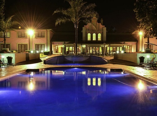 image of the carousel casino hotel swimming pool