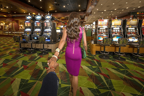 image of emerald casino interior