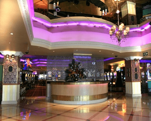 image of queens casino interior top eastern cape casinos